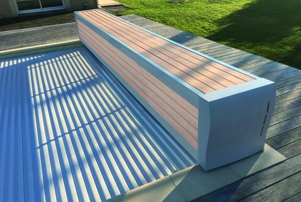 eSafe Banc Pool-Komplettset mit Rollladenabdeckung aus PVC und Überlauf